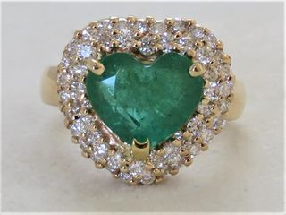 14k Yellow Gold 2.2ct Heart Shape Emerald & 0.8ct Diamond Ring with Valuation
