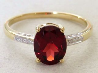 9k Yellow Gold 2.05ct Natural Garnet & 20pcs Diamond Ring