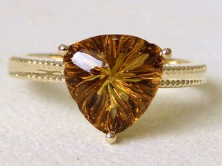 9k Yellow Gold 3.47ct Carving Cognac Quartz Ring