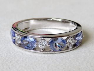 9k White Gold 1.2ct Tanzanite & Sapphire Ring