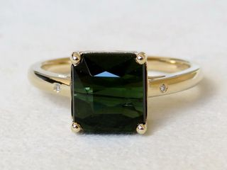 9k Yellow Gold 3.66ct Tourmaline & Diamond Ring