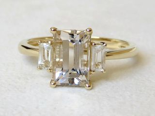 9k Yellow Gold 2.45ct Champagne Imperial Topaz & White Topaz Ri