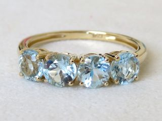 9k Yellow Gold 2.54ct Sky Blue Topaz Ring