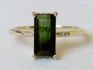 9k Yellow Gold 1.74ct Green Tourmaline & Diamond Ring