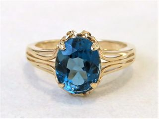 9k Yellow Gold 2.87ct London Blue Topaz Ring