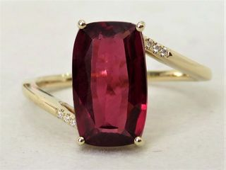 9k Yellow Gold 4.19ct Garnet & Moissanite Ring