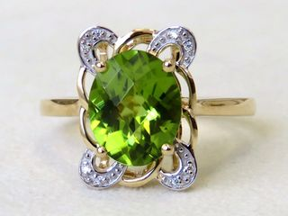 9k Yellow Gold 2.9ct Peridot & Moissanite Ring
