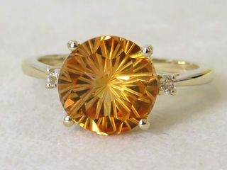 9k Yellow Gold 3.85ct Citrine & 0.3ct White Sapphire Ring