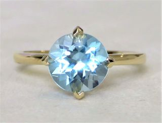 9k Yellow Gold 2.8ct Aqua Blue Topaz Ring