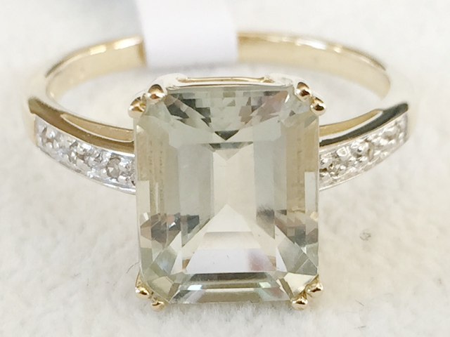 9ct Yellow Gold Green Amethyst & Diamond Ring