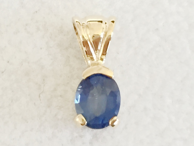 cushion pendants cut diamond saphire sapphire pendant