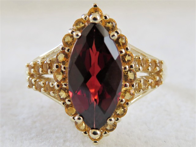 9ct Yellow Gold Garnet & Citrine Ring