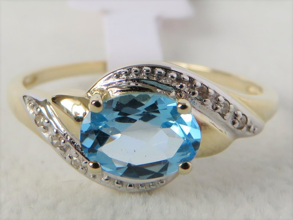 9ct Yellow Gold Swiss Blue Topaz & Diamond Ring