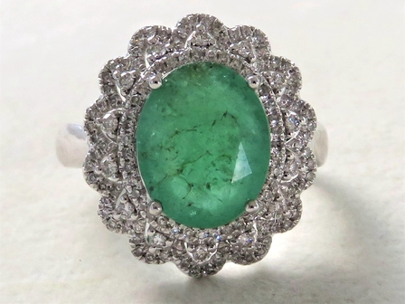18k White Gold 3.61ct Emerald & 0.58ct Diamond Ring with Valuation