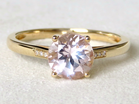 9k Yellow Gold 1.28ct Morganite & Diamond Ring