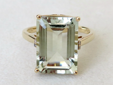 9k Yellow Gold 6.43ct Green Amethyst & Diamond Ring