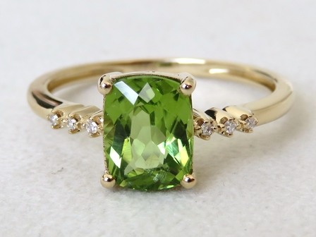 9k Yellow Gold 1.7ct Peridot & Diamond Ring