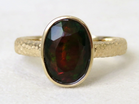 9k Yellow Gold 1.77ct Black Fire Opal Ring Hammer Finished